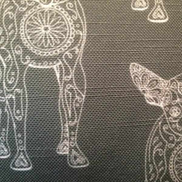 Line Lucille Grey Cushion – Detail