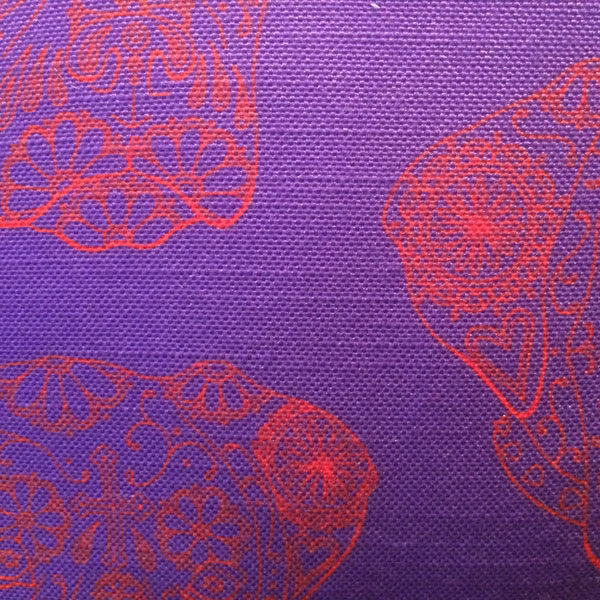 Line Ned Purple Cushion – Detail