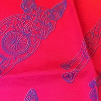 GRADIENT LUCILLE RED PURPLE_Pocket Square_Close Up